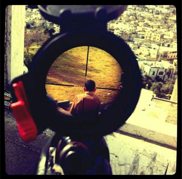 Israelboy_in_crosshairs.jpg
